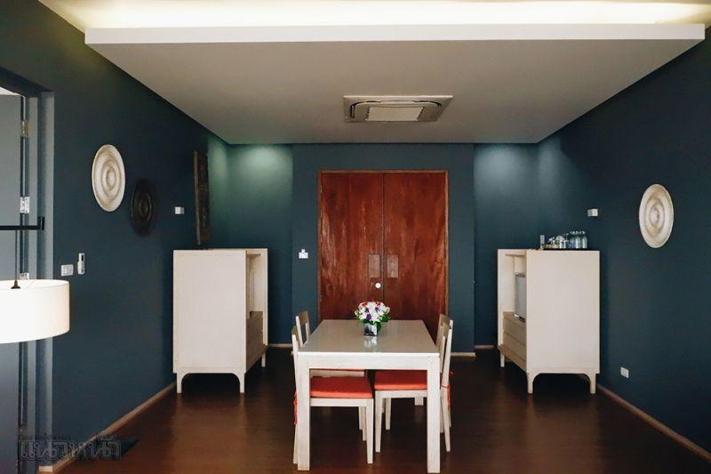 คีย์การ์ดสำหรับห้องพัก (ใส่คียการ์ดในช่องเพื่อเปิดใช้พลังงาน)