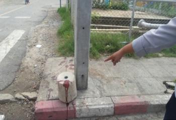 ยิงวัยรุ่นยืนรอรถเมล์ป้ายร่มเกล้า เด็กช่างเจ็บ1แม่ค้าโดนลูกหลง1