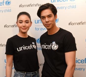 'พีช พชร' ควง 'ใหม่ ดาวิกา' รับตำแหน่ง Friends of UNICEF คนใหม่