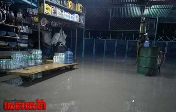 5หมู่บ้านจม!ฝนหนักต่อเนื่อง2วัน ทำน้ำป่าไหลเข้าอ.สระโบสถ์-ท่วมสูงกว่า50ซม.