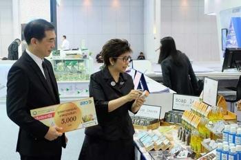 รายงานพิเศษ : สสว. จับมือ ETDA ลุยต่อ'SMEs Go Online'  จัดทีมกูรูชี้ช่อง-เจาะกลยุทธ์หนุน SMEs สู่ยุค 4.0