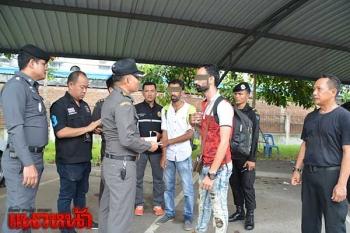 สกัดจับ2หนุ่มอินเดียลอบเข้าไทย จนท.พบเคยติดแบล็คลิสต์