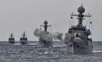 ขู่ฝัง\'โสมแดง\'ไว้ใต้ทะเล ทัพเรือ\'เกาหลีใต้\'ซ้อมรบกระสุนจริง