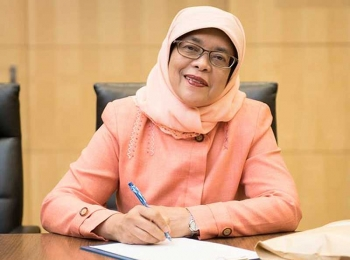 \'สิงคโปร์\'ได้ประธานาธิบดีหญิงคนแรก หลังผ่านเกณฑ์เพียงคนเดียว