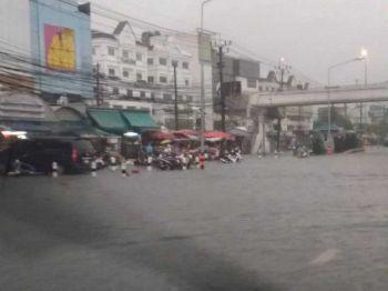 'กรุงเทพฯ-4ภาค'ฝนตกชุก เรือเล็กงดออกจากฝั่งถึง26ก.ย.