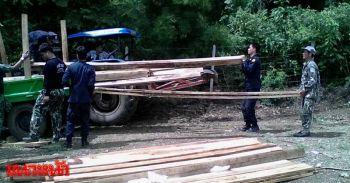 บุกอุทยานฯแก่งกระจานจับนายทุนตัดไม้-แปรรูปไม้