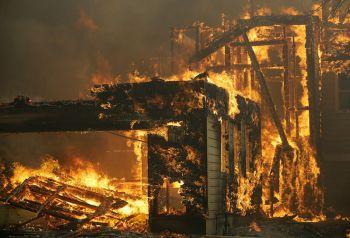 ไฟป่าแคลิฟอร์เนียโหด เผาแหล่งผลิตไวน์ตายแล้ว10-อพยพเพียบ