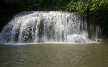 อุทยานฯเตือนน้ำตกเอราวัณสีเหลืองขุ่น คาดฝนไม่ตกอีก3วันเล่นน้ำได้