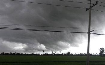 อุตุฯประกาศพายุขนุนฉบับ12 เตือนรับมือฝนตกหนัก