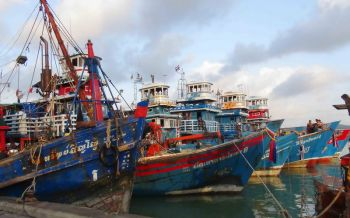 สั่งเข้มตรวจสอบย้อนกลับประมง  'บิ๊กฉัตร'กำชับคุมเรือแจ้งเข้า-ออกสินค้าทั้งระบบ100%