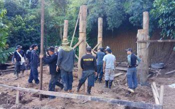 ป่าไม้แม่ฮ่องสอนร่วมสร้างบ้านให้ผู้ประสบภัยน้ำท่วม