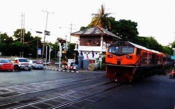 26 ต.ค.รฟท.ปิดการจราจรทางรถไฟช่วงที่หยุดรถยมราชชั่วคราว