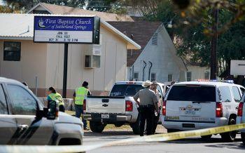 ฆ่าโหดกลางโบสถ์ในเทกซัส มือปืนกราดยิงดับ27รายเจ็บเพียบ (ประมวลภาพ-ชมคลิป)