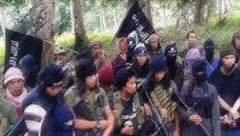 ทหาร'ปินส์'ช่วยลูกเรือ\'เวียดนาม\'3คน  หลังถูก'อาบูไซยาฟ'จับเป็นตัวประกัน