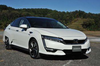 'ฮอนด้า'นำสื่อมวลชนทดสอบ'คลาริตี้ ซีรี่ส์'  รถที่ขับด้วยพลังงานไฟฟ้าที่'ทวิน ริง โมเตกิ'
