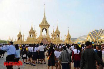 ชมนิทรรศการพระเมรุมาศเนืองแน่น  ชาวไทย-ตปท.  ยอดทะลุ1.1ล้านคน