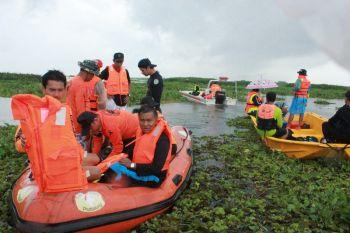 พายุซัดเรือประมงพื้นบ้าน\'พัทลุง\'จมกลางน้ำ ยังไม่ทราบชะตากรรม1ชีวิต