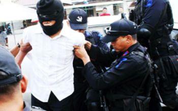 สกัดก่อการร้าย!ตร.อินโดฯจับ18ผู้ต้องสงสัยพันกลุ่มติดอาวุธ