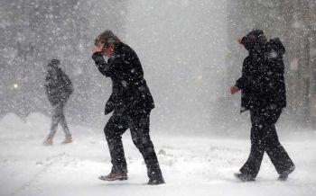 สหรัฐฯอ่วมยาว\'บอมบ์ไซโคลน\'ถล่ม  หนาวถึงสัปดาห์หน้าแคนาดาคิวต่อไป (ประมวลภาพ)