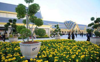 สวนนงนุชพร้อมย้ายต้นไม้-อุปกรณ์ประดับพระเมรุมาศฯเก็บในพระบรมมหาราชวัง