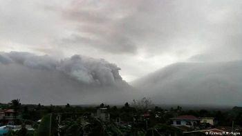 \'ฟิลิปปินส์\'ยกระดับเตือนภัย ภูเขาไฟ\'มายอน\'ส่อปะทุรุนแรงในอีกไม่กี่วัน