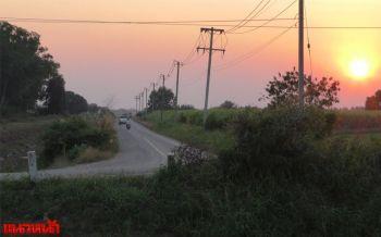 ชาวชัยนาทวอนขอไฟทางถนนเข้าหมู่บ้าน หลังเกิดอุบัติเหตุเจ็บ-ตายรายวัน