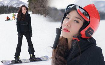 \'อั้ม พัชราภา\'ลัดฟ้าลั้นลาญี่ปุ่น แชะภาพเล่นสกีสวยเป๊ะเหมือนเดิม