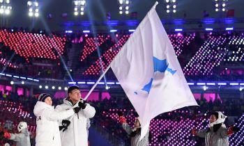วินาทีประวัติศาสตร์! 2เกาหลีถือ\'ธงเอกภาพ\'เข้าสนามพร้อมกัน เปิดฉาก\'โอลิมปิก\'