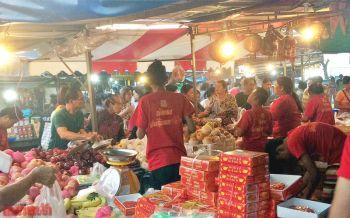 ทั่วไทยคึกคัก! ชาวไทยเชื้อสายจีนแห่ซื้อของไหว้ในเทศกาลตรุษจีน