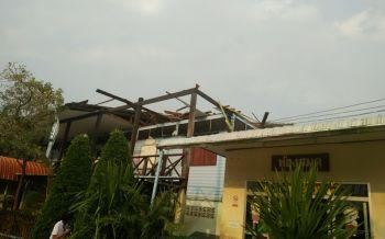 สุรินทร์พายุฝนลูกเห็บถล่มบ้านโนนโพธิ์ โรงเรียนบ้านพังยับกว่า20หลัง