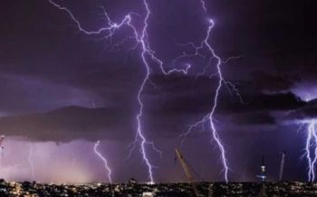อุตุฯเตือนระวัง'ฟ้าผ่า' ไทยตอนบนอากาศร้อน-กทม.มีฝนร้อยละ10