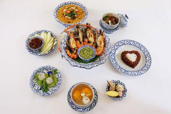 """ร้อยเรื่องราวจากอดีตสู่ปัจจุบัน ชวนออเจ้ามาชิมอาหารไทยชุด""""บุพเพสันนิวาส"""" ณ ห้องอาหารไทย สวนบัว โรงแรมเซ็นทาราแกรนด์ เซ็นทรัลพลาซา ลาดพร้าว กรุงเทพฯ"""