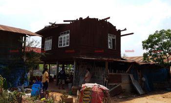 จนท.รุดช่วยเหลือชาวบ้านร้อยเอ็ด ที่ได้รับผลกระทบจากพิษพายุฤดูร้อน