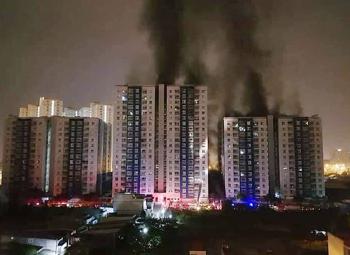 ไฟไหม้อพาร์ตเม้นท์สูงใน\'เวียดนาม\' สังเวย13รายบาดเจ็บอีกเกือบ30คน