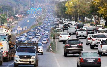 \'ตร.ทล.\'เตรียมพร้อมรับมือรถทะลักช่วงสงกรานต์ แนะ\'เส้นทางเลี่ยงเมืองทั่วทุกภาค\'
