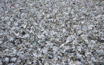 ฝรั่งเศสประกาศห้ามใช้อุปกรณ์รับประทานอาหารที่ทำจากพลาสติก