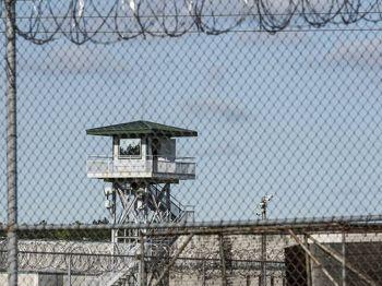 นักโทษก่อจลาจล\'เรือนจำ\'เซาท์แคโรไลนา ถูกแทงดับ7ศพบาดเจ็บ17คน