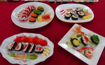 เด็กเมืองสตูลฝึกทำ\'ซูชิฮาลาล\'อร่อยหลากหลาย หวังเจาะตลาดกลุ่มวัยรุ่น
