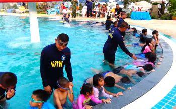 ทหารจัดกิจกรรม\'สอนว่ายน้ำเพื่อชีวิต\' หวังลดสถิติเด็กจมน้ำตายช่วงปิดเทอม