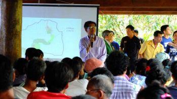 ป่าไม้แม่ฮ่องสอนจัดเวทีประชาคม ทำแผนส่งเสริมพัฒนาชีวิตตามศาสตร์พระราชา