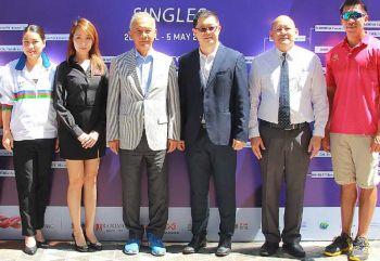 สุวัจน์เปิดหวดอาชีพแคลคอมพ์  คว้าเทนนิสแมทช์ใหญ่มาไทย