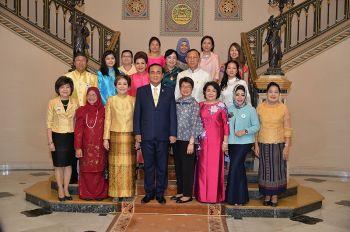 คณะผู้แทนเครือข่ายผู้ประกอบการสตรีอาเซียน เข้าเยี่ยมคารวะนายกรัฐมนตรี