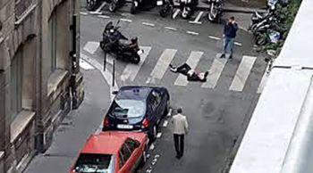 ไอเอสเอี่ยวโจมตีสองจุด มีดไล่แทงปารีส-บึ้มโบสถ์อินโดนีเซีย