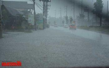 ชุ่มฉ่ำ!ทั่วไทยฝนตกฟ้าคะนอง กทม.ตกหนักร้อยละ60