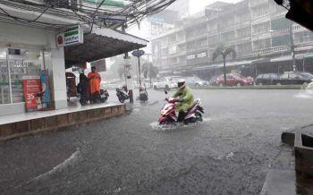 ทั่วไทยมีฝนฟ้าคะนอง 'กทม.'บ่ายถึงค่ำตกร้อยละ40