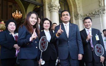 นายกฯให้กำลังใจ'น้องเมย์ –ขนไก่สาวไทย' ยกเป็นที่หนึ่งในหัวใจคนไทย