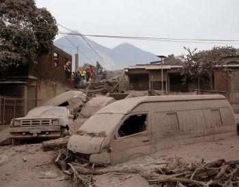ภูเขาไฟใน\'กัวเตมาลา\'ปะทุใหญ่อีกรอบ ยอดตายพุ่ง75ศพ-สูญหายเกือบ200คน