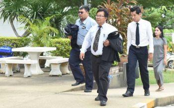 ทนาย'ปรีชา'ไม่มา!ศาลจำหน่ายคดีลุงจรูญฟ้อง'ครู-2เจ๊'ชั่วคราวฐานเบิกความเท็จ