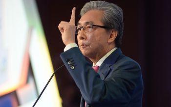 \'สมคิด\'ตอกหน้านักการเมือง  ย้อนอดีต 10 ปีทำชาติป่วน-เศรษฐกิจย่อยยับ