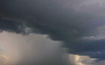 ทั่วไทยฝนลดลง ใต้ตะวันตกมีฝนตกหนักคลื่นลมแรง